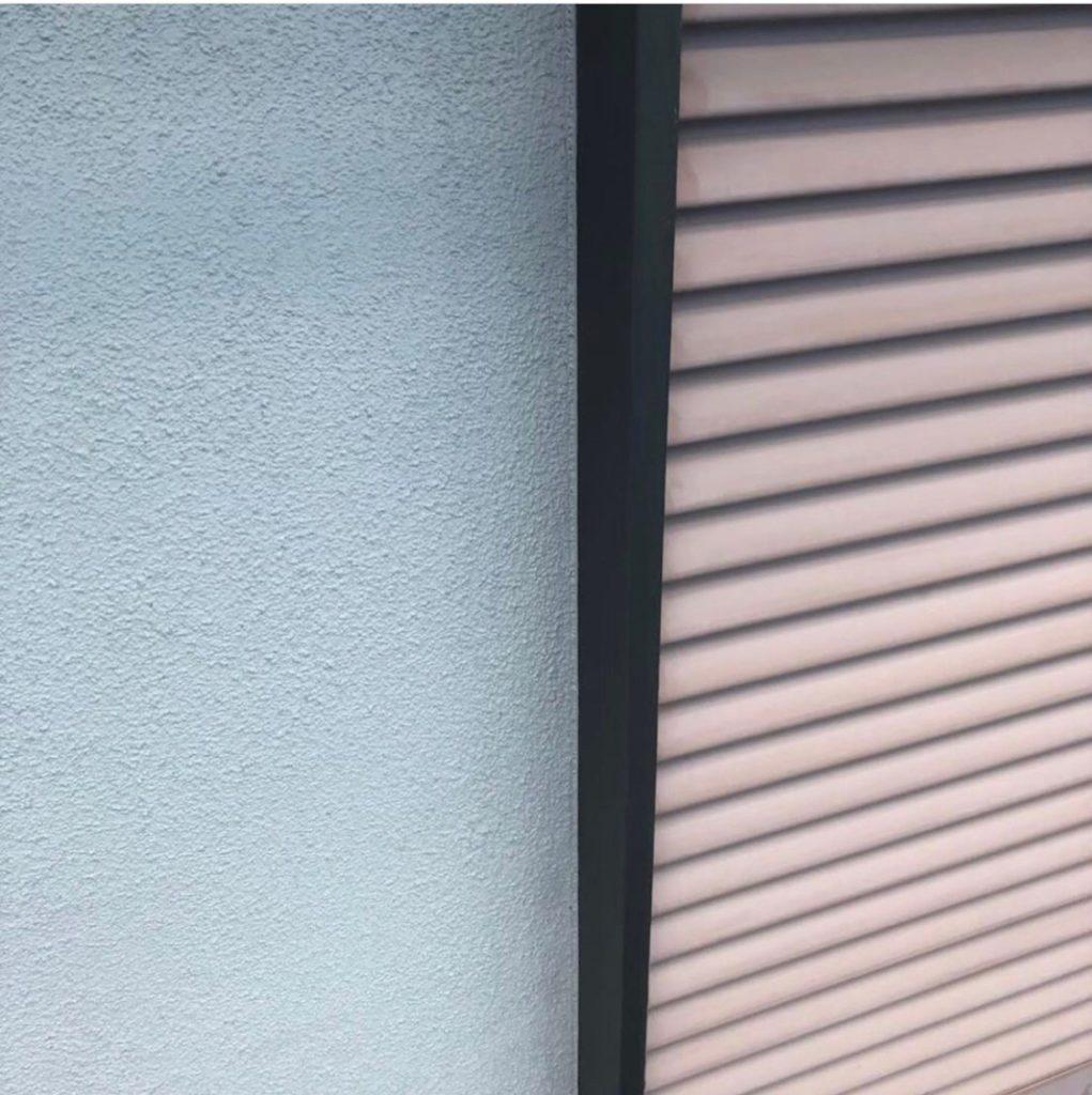窓サッシの写真