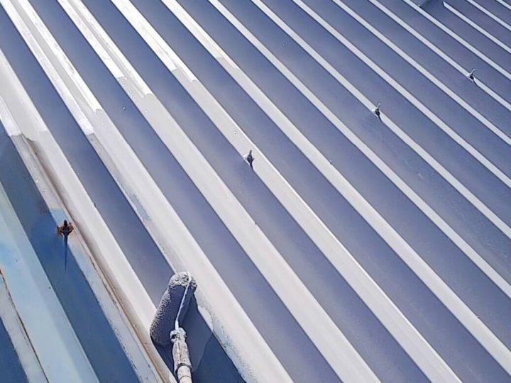 屋根下塗り、中塗り、上塗り