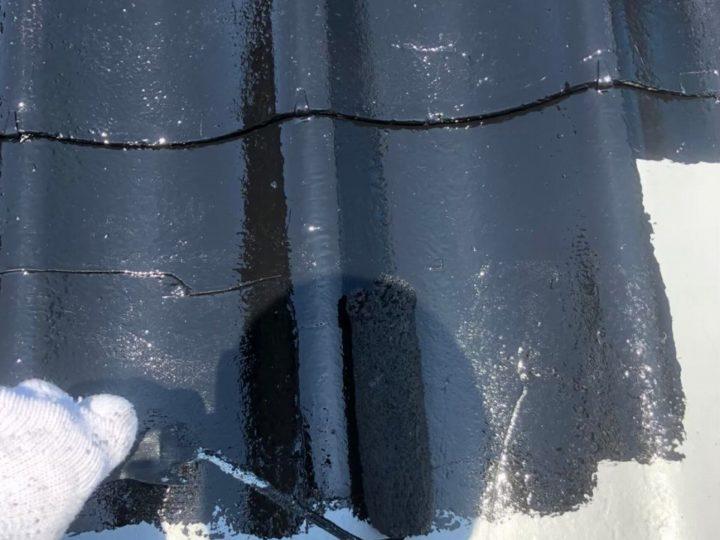 屋根上塗り塗装1回目