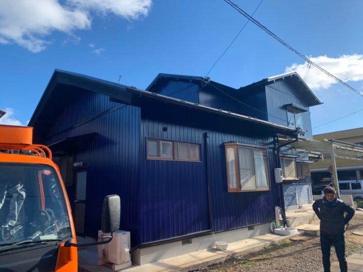 関市T様邸 地震が来たら怖いな…との声で今の重たい瓦屋根から軽い金属屋根に葺き替えされ地震対策ばっちりに!