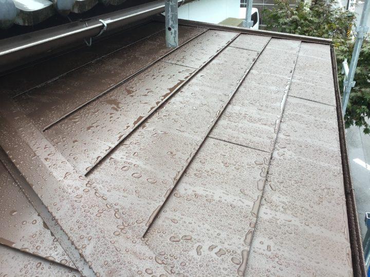 火災保険で屋根の修理希望の各務原市M様。全額保険適応されて屋根を金属カバー工法できれいな屋根に生まれ変わりました!
