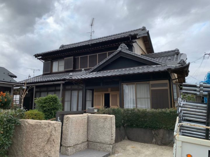 各務原市H様 築30年になる日本家屋の外壁木部の色褪せが気になっていたので弟さんの紹介でfeelgoodさんに相談しました。
