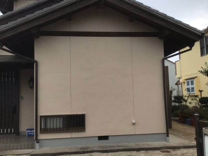 美濃加茂市S様 外壁塗装の訪問販売がよく営業に来ていて信用できそうな会社がないかと思っていたところ、新聞の折り込みでイベント開催していたので行ってみました。その時の対応の親切さでfeelgoodさんに決めました。