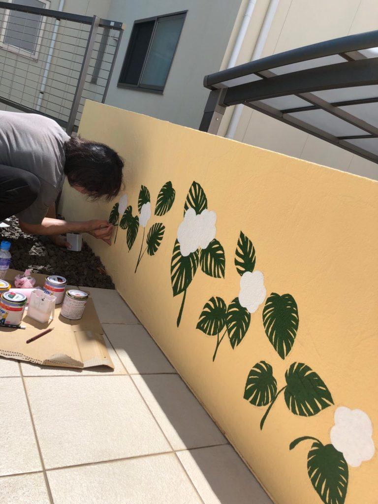 塀 アート