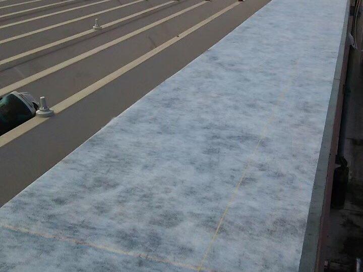 屋上水切り板金下地
