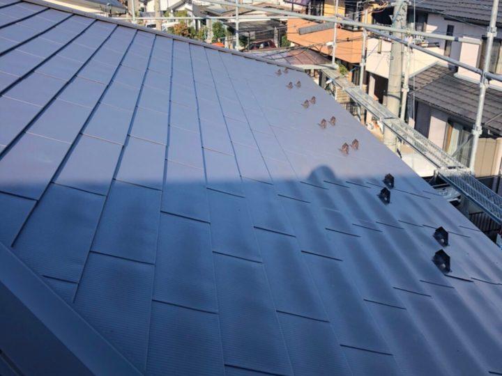 各務原市S様邸 数年前に屋根の塗装工事を他社でお願いしたところ雨漏りしてきたので地元の屋根工事専門店のfeelgoodさんに問い合わせしてみました。