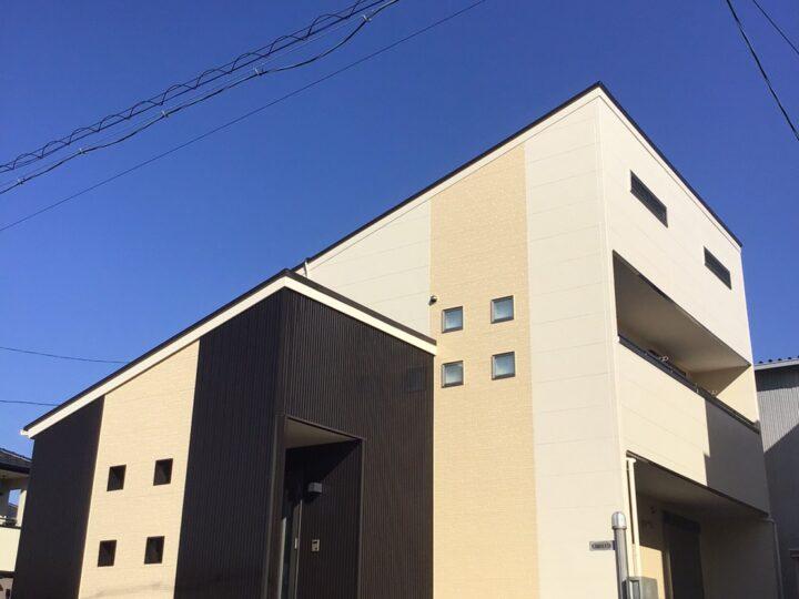 岐阜市K様 外壁のコーキングが取れかかっている為、コーキングの補修のみで大丈夫なのか外壁塗装も必要なのか見てほしくてfeelgoodさんに問い合わせをしました!
