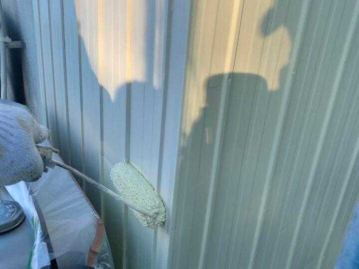 外壁上塗り2回目(トタン)