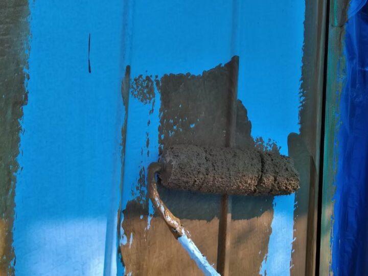 上塗り1回目(外壁トタン部)