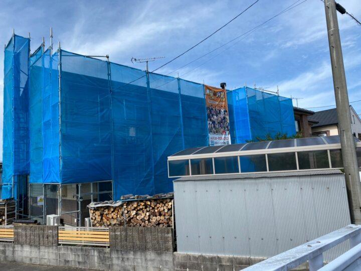 岐阜市H様邸 屋根及び外壁塗装工事着工致しました✨ 家を建てた時のコーキングがはがれてきてしまった為お問い合わせしました。